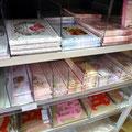 Свадебные книги пожеланий, бланки приглашений на свадьбу, конверты для дарения денег на свадьбе, свадебные топперы
