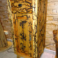 Holz Kunst mit Hochspannung