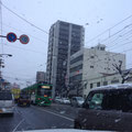 中区・中広通り:大粒の雪が降り続けます