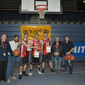 Sieger streetball Wild Cats und Moderatoren Kevin Steiner/Bernd-Peter Winter