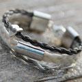 [Nr. 27] Mehrreihiges Armband mit Mittelstück und Charm 149€