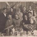 Vers 1948-Le club des Aclots. De gauche à droite- 1er rang : Philippe Van Gaver-René Meert-Robert Dehaux-Walter Bock. 2e rang : Paul Herman-Willy Chaufoureau-Fernad Deprez-Robert Murette-Francis Collet
