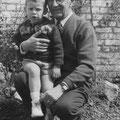 1960 - Avec son petit-fils Philippe