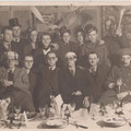 Vers 1948-Le club des Aclots. 1er rang : Arthur Sautenaire-Raymond Watillon-Jean Davaux-Louis Genty-Willy Binet-Charles Demulder. 2e rang : Louis Franck-Maurice Grandjean-Louis Wilmet-Louis Springael-henri Castagne-René Ghin-Arthur Gougnard-A. Lermigneaux