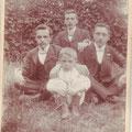 Octave (le plus jeune) et ses frères Gaspard, Oswald et Joseph (vers 1908)