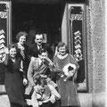 1932 - Denise et Marguerite et Clovis Ruchard + Léon Dewert au centre
