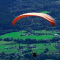 Paraglider haben eine tolle Aussicht