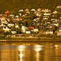 Wir bleiben die nacht in Tromsø und sahen der Mitternachtssonne zu.