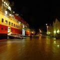 In Rørvik sind beide Hurtigrutenschiffe im Hafen.