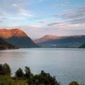 Sonnenuntergang in Naustflot
