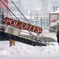 Schneefall in Finnsnes - wir sind im Hafen.