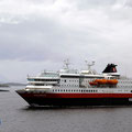 Trotzdem wurde die MS Polarlys (unser Winterschiff) freudig begrüßt.