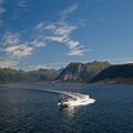 Ein Norweger liebt die Freiheit und sein Boot.