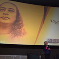 Film Yogananda à Tous, avec Micheline Flak - organisation : Via Energetica