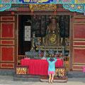buddhistische Altare