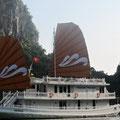 """kleines luxuriöses Hotelschiff für """"betuchte"""" Gäste"""