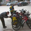 unsere Fahrräder werden begutachtet