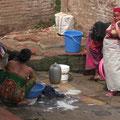 Waschtag am Tempel