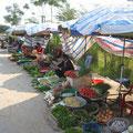 kleiner Straßenmarkt