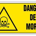 Les carrières sont des propriétés privées, dont l'accès est interdit, car comme vous l'avez compris très instable, avec risque de chute mortelle ou d'effondrement.