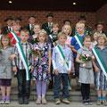 Der Kinderkönig 2012, Max Versmold, mit Thron