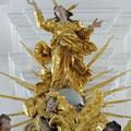 Immaculate Figur auf dem Schalldeckel der Kanzel