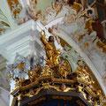 """Kanzel Schalldeckel mit Figur """"Christus als Herrscher der Welt"""""""