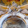 Orgelempore mit Klosterwappen von Egid Quirin Asam