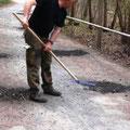 Wegebau für die Mitglieder des Heimatvereins in Wünschendorf