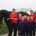 Und das ist sie,  die tolle Lindenhof IV mit Pferd Onyx und Mariella und Nina