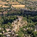Bozouls à 1/2 heure du gîte de Montredon à Salles la Source en Aveyron