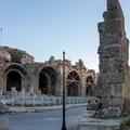 Das römische Theater (2. Jh n. Chr.) entstand an der Stelle des ersten Theaters aus der hellenistischen Zeit