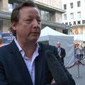 """Matthias Brandt bei underem Interview mit Dirk Fuchs,Weltpremiere """"Das Blaue vom Himmel"""" am 30.5.2011"""