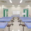 柔道整復実技室2