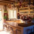 la cuisine, Marie y prépare de bon petits plats
