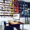 Umgestaltung und Modernisierung eines Bücherregals - nachher