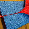 Wickeldecke Rot / Blau gemustert
