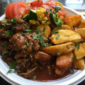 Pulled Pork mit BBQ Soße Kartoffelecken und Salat