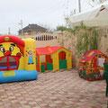 Батут и детский домик
