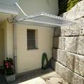Nischenanpassung ( Dach aufgehängt, dadurch keine störende Stütze)