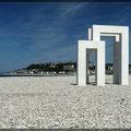 Der Strand besteht aus Kieselsteine