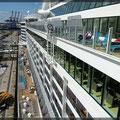 Blick vom oberen Deck (noch liegen wir in Hamburg)