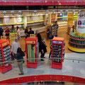 M&M Shop über 3 Etagen