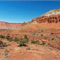 Strasse zwischen Capitol Reef NP und Bryce Canyon