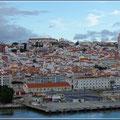 Wir verlassen den Hafen von Lissabon