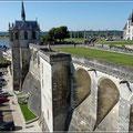 Blick auf die Mauern des Schlosses