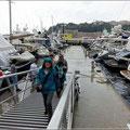 Bei der Hafenrundfahrt regnete es dann etwas