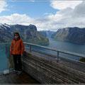 Blick von Stegastein auf den Naeroyfjord