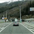 Einfahrt zum Mont Blanc Tunnel