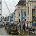 Die Uferpromedade entlang der Themse ist sehr touristisch